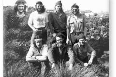 GOUGH 33 (1987-1988): Back (L-R) Perry Britz (Medic), Mark Steyn (Senior Meteorologist/Leader), David Hulbert (Radio Technician); Front: Chris Riphagen (Meteorologist), Rob Faure (Meteorologist), Peter Smal (Diesel Mechanic); Insert: Joe Roos (Radio Operator).
